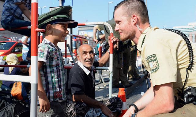 Photo of السماح بلم شمل عائلات حاملي الإقامة المؤقتة في ألمانيا