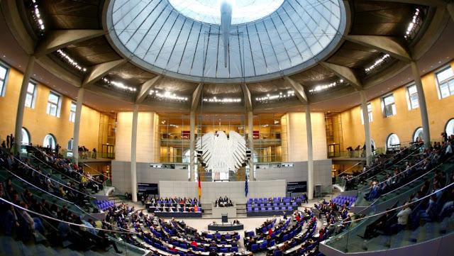 Photo of ألمانيا: نشر بيانات ووثائق مئات المسؤولين السياسيين والشخصيات العامة على الإنترنت