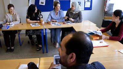 Photo of تعلم اللغة الدنماركية – محادثة قصيرة في المدرسة