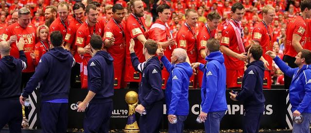 Photo of الدنمارك تهزم النرويج 31 /22 و تحصد لقب كأس العالم لكرة اليد