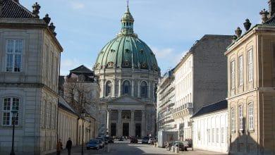 Photo of الدنمارك تخطط لإعادة فتح الكنائس في عيد الفصح الأحد