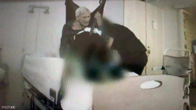 """صورة الدنمارك.. غضب من """"فيلم التعذيب"""" لعجوز تسعينية"""