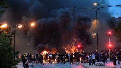 صورة فيديو.. أعمال عنف في السويد بعد حادث إحراق نسخة من القرآن