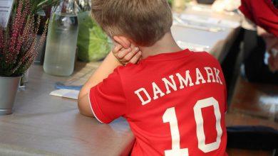 صورة شباب الدنمارك يشعرون بالعزلة